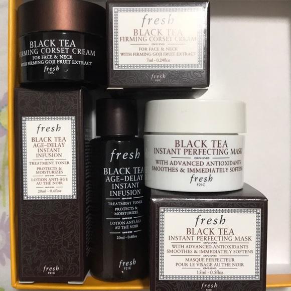 58f8ec3702 BNIB Fresh Black Tea Set- Mask